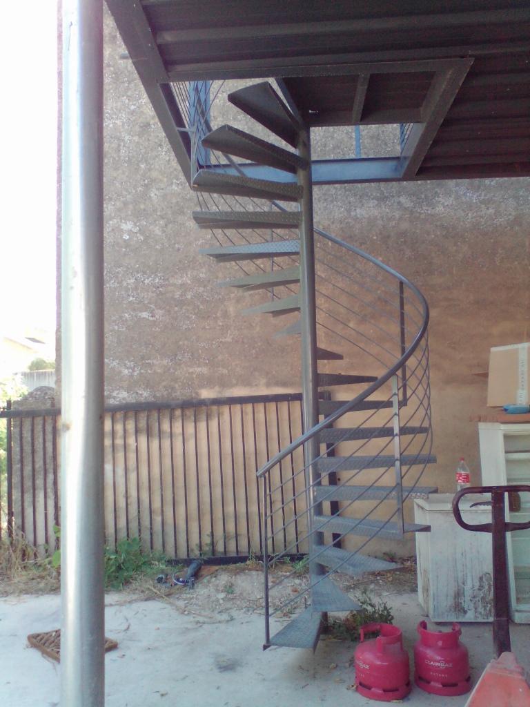 Construire Un Garde Corps En Bois escalier acier bois à montpellier : martin métallerie